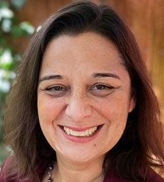 Valerie Eviner headshot