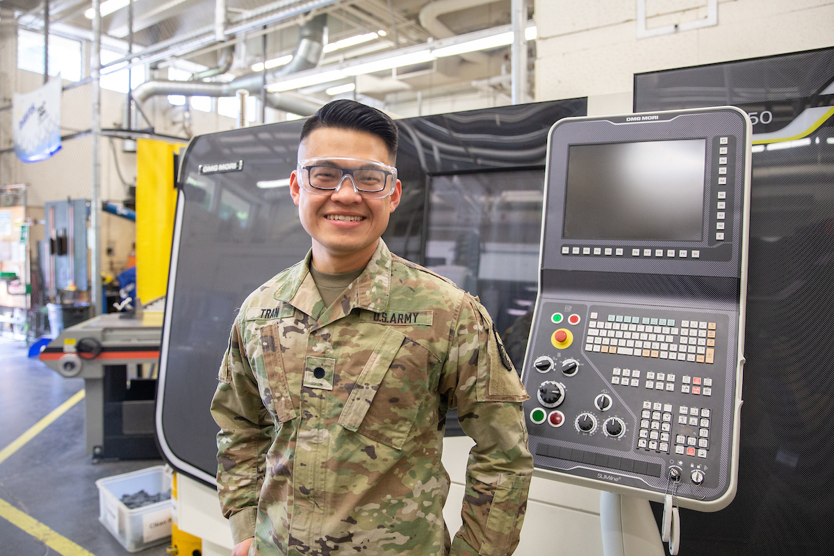 military lab works in one of the uc davis engineering labs - freshman application tips