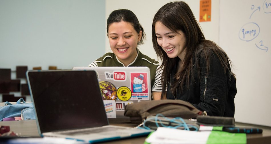 Gabriella Quattrone and Melissa Sheehan study in the LEADR student center in Kemper Hall on October 17, 2017. Sheehan is a fourth-year computer science major and Quattrone is a fourth year computer science and Japanese double major. (Karin Higgins/UC Davis)