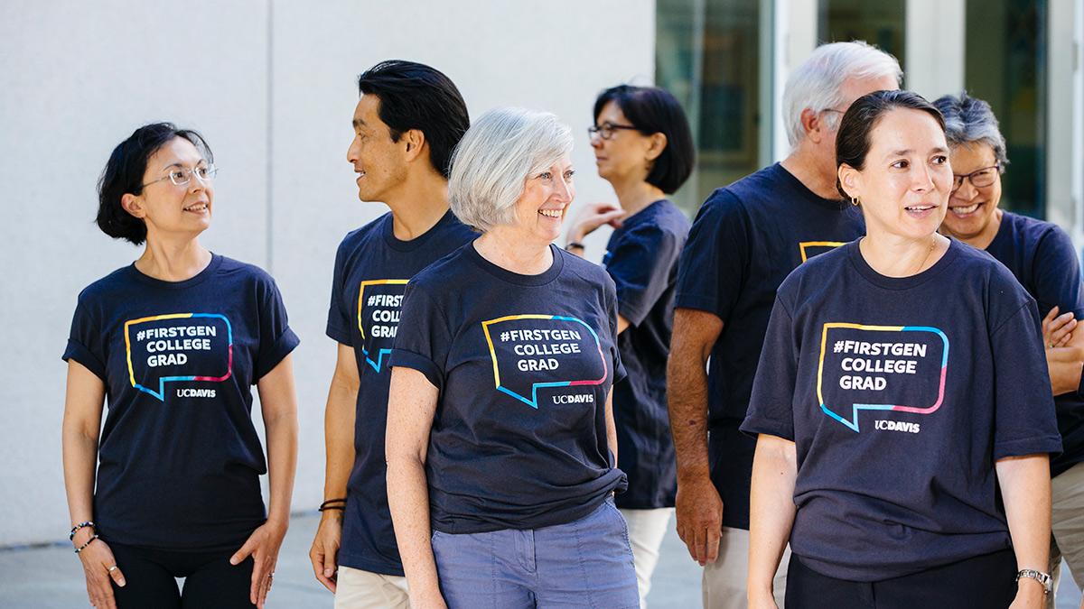 Several UC Davis faculty members in FirstGen T-shirts