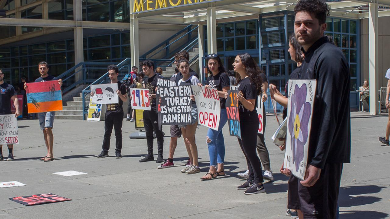UC Davis Students Commemorate the Armenian Genocide