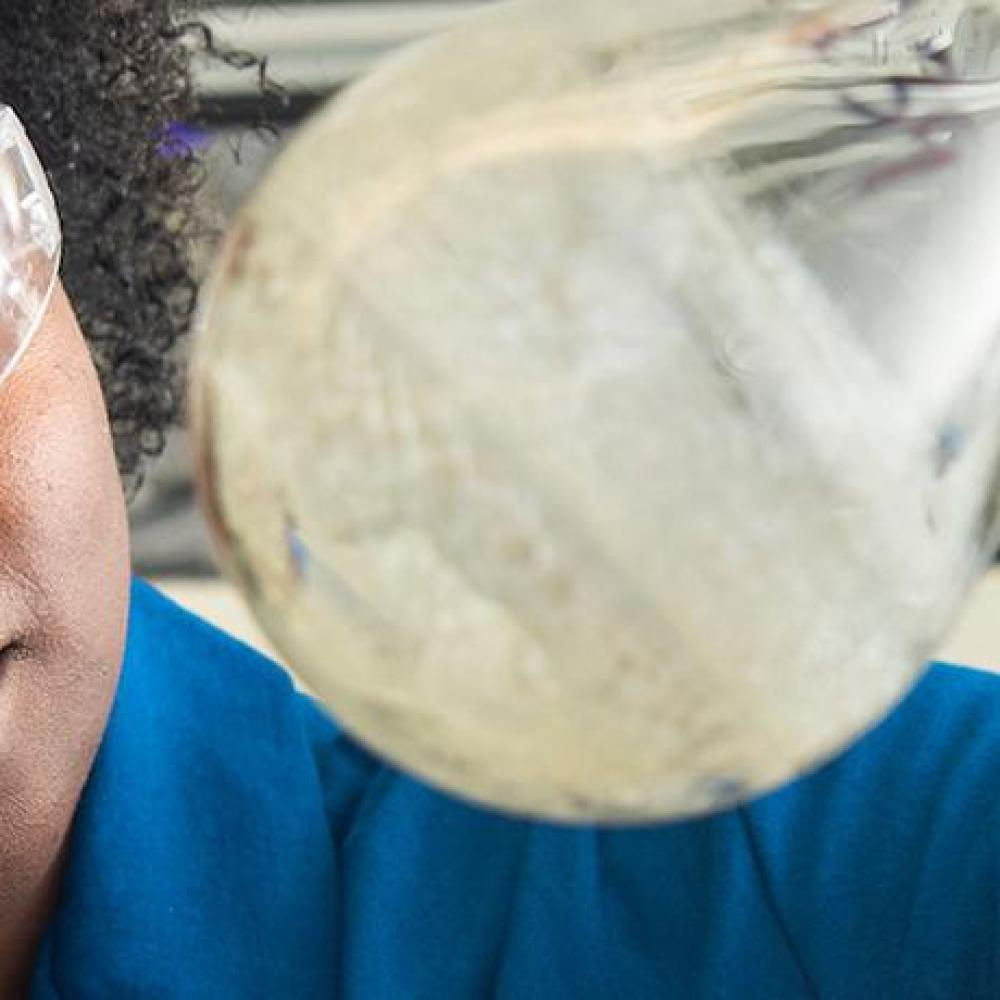 uc davis applied chemistry student working in lab