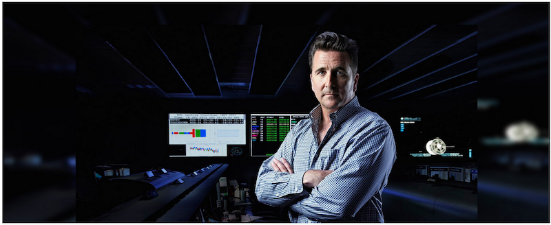 A photo of Adam Steltzner in NASA's Mission Control.